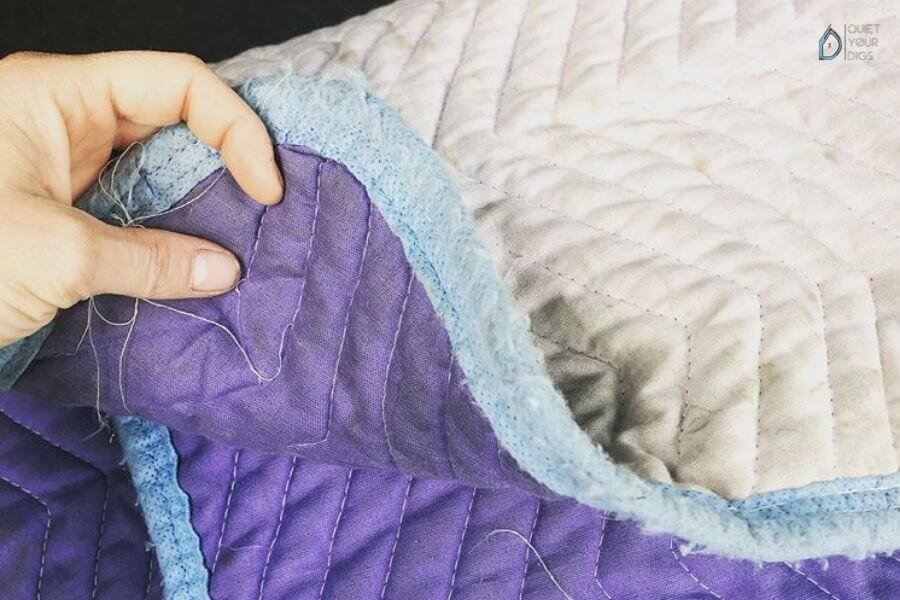 Things to Look for When Buying Soundproof Blankets