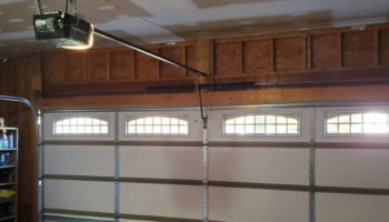 Best Quiet Garage Door Opener 2021: Reviews & Buying Guide